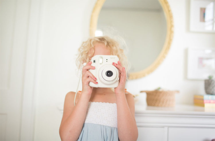 HOW TO TAKE THE BEST PHOTOS OF YOUR KIDS
