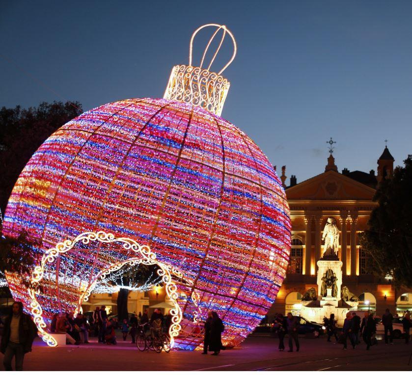 Christmas lights - Nice