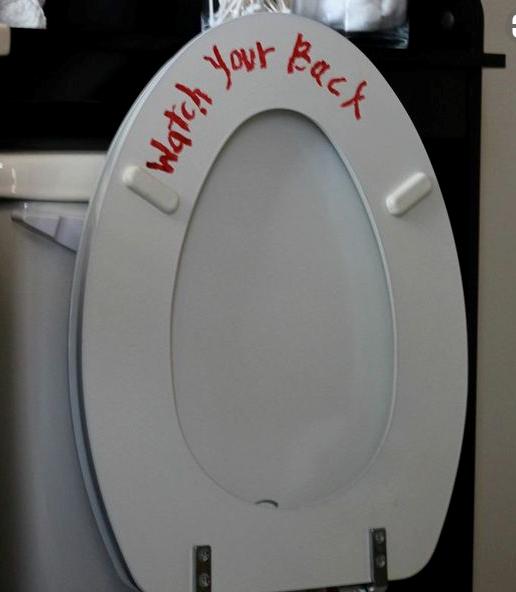 Halloween pranks - Toilet