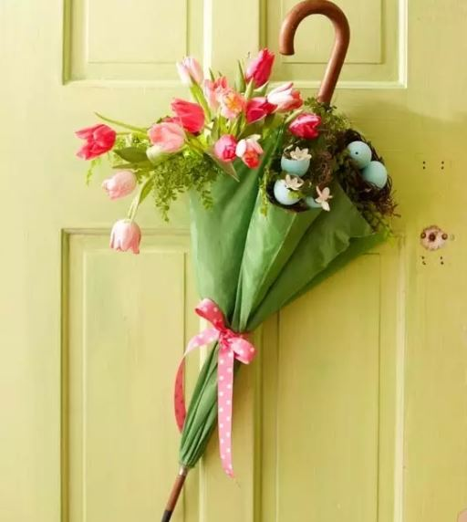 Easter craft - umbrella wreath