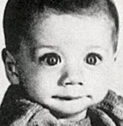 Guess who? 11 of the most adorable celebrity baby photos -