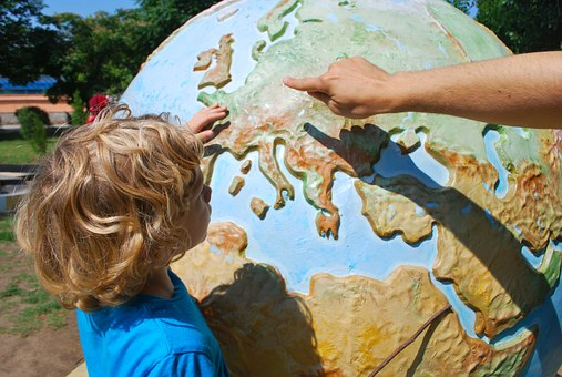 Growth mindset - globe