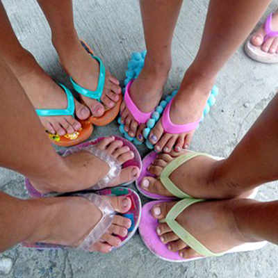 Large families - girls' feet
