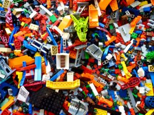 A picture of a huge pile of Lego