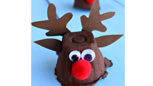 A picture of an egg carton reindeer