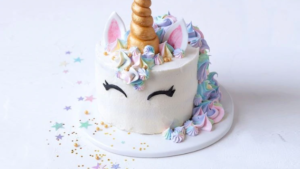 A picture of a unicorn cake