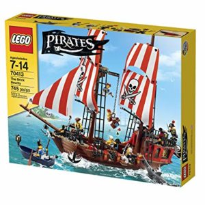 A picture of pirate LEGO